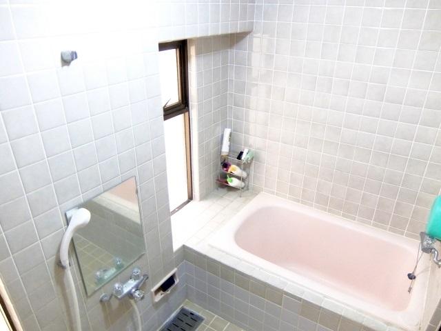 つい見落としてしまう浴室のおそうじ箇所とは?